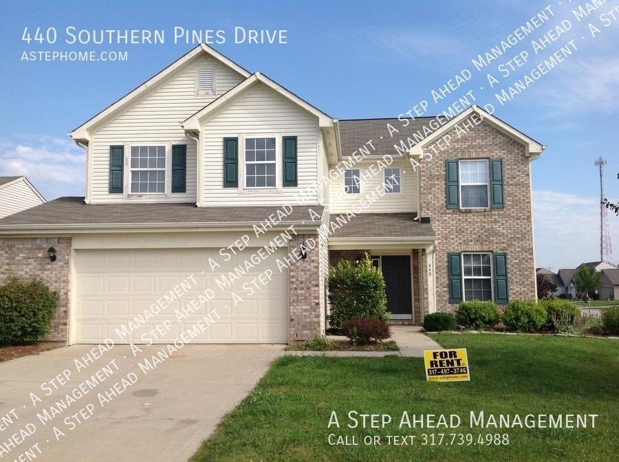 single-family home for Rent in Whiteland